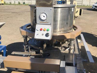 Автомат дозировочно-наполнительный ДН3-3-63 для густых масс