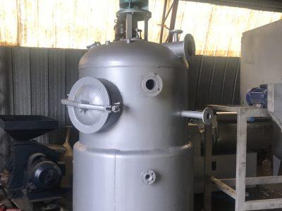 Вакуум-випарний апарат МЗ-2С-241а (750 л)