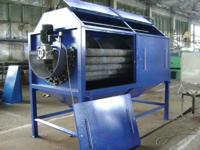 Машина для очистки корнеплодов от кожуры проходного типа со шнеком